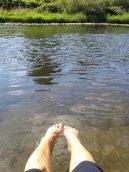 entspannend - Füsse ins Wasser halten